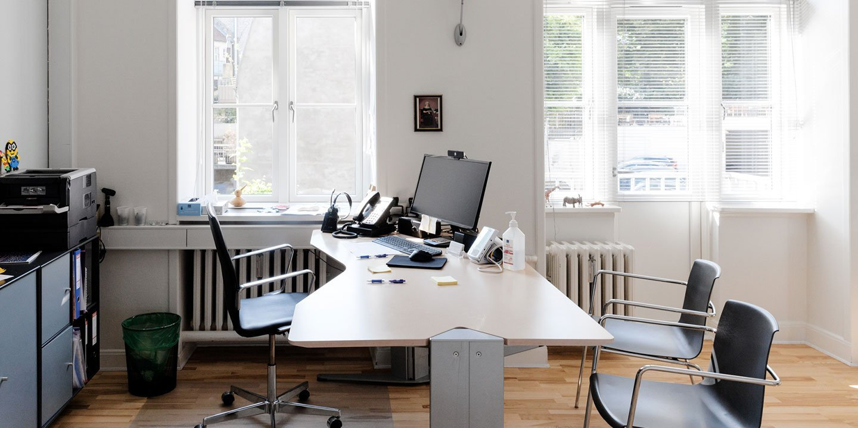 lb desk